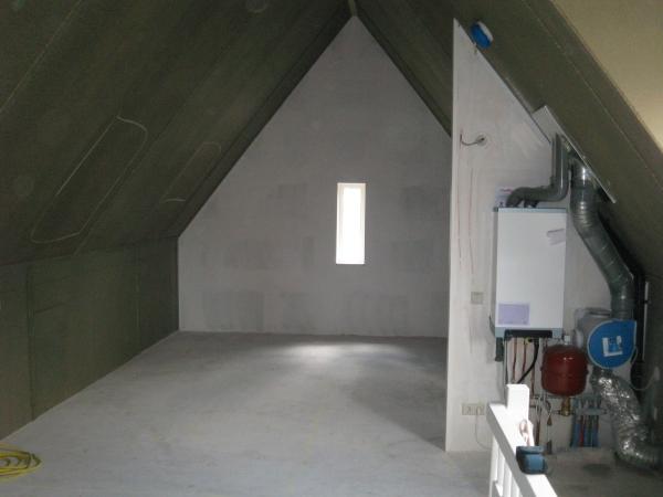 Grote zolder verbouwing zoetermeer decotronics - Een wasruimte voorzien ...