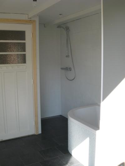Kosten Badkamer Deur ~ Nieuwe deur omlijsting maken in stijl van het huis