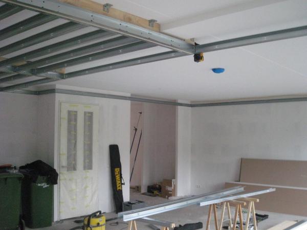 Koof Keuken Maken : Frame voor verlaagd plafond eetkamer