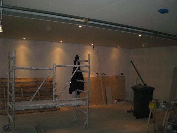 Verlichting Kookeiland: Aan badkamer en toilet koof boven kookeiland ...